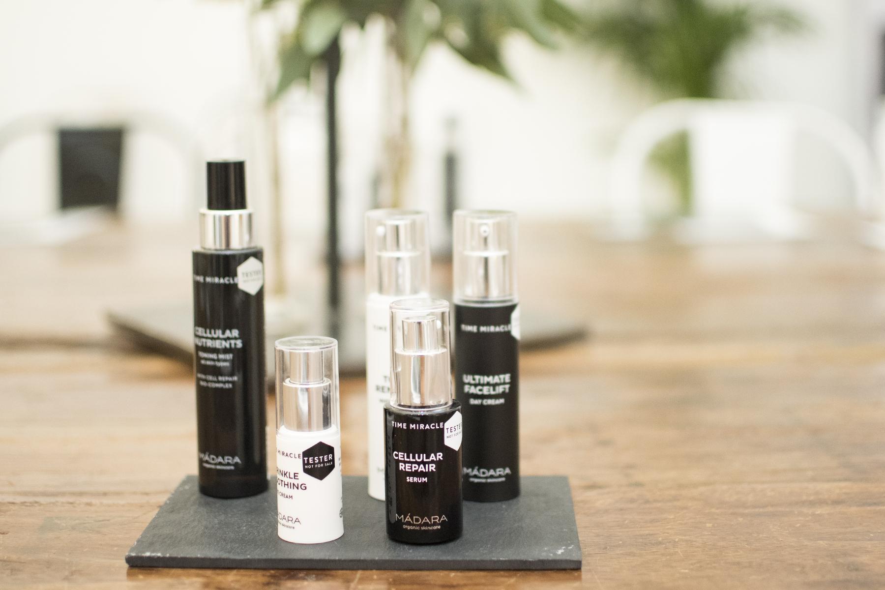 Cremas naturales y maquillaje con ácido hialurónico 100% vegetal