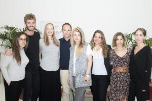 ¡Foto de grupo! En el centro tenemos a Jorge, nuestro Co-fundador, y a su lado a Lotte.