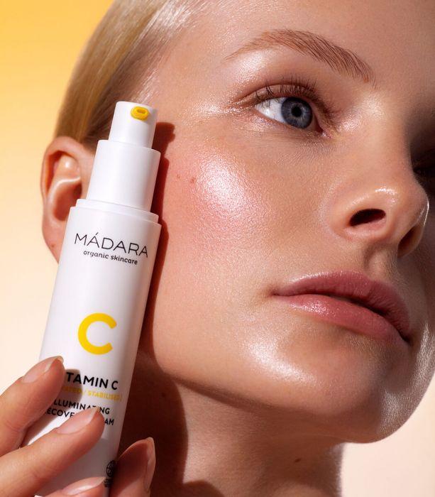 Crema con vitamina C estabilizada de la marca Mádara Cosmetics