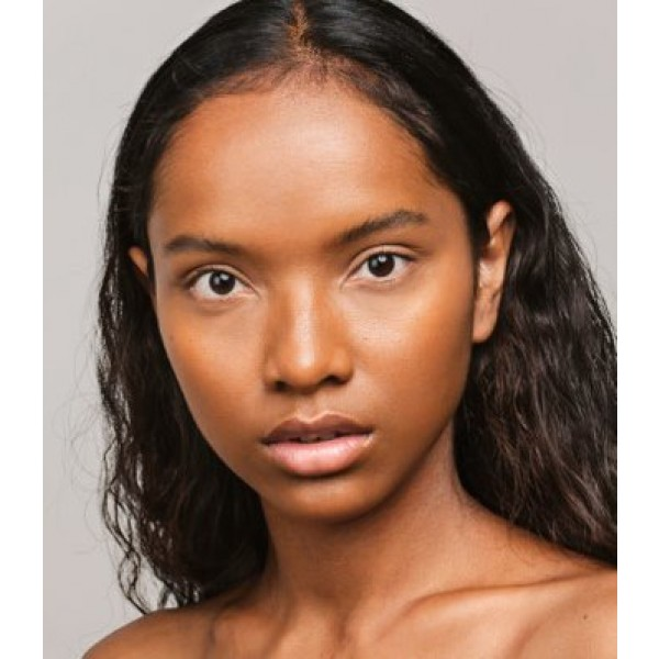Maquillaje Base Skin Equal de Madara SPF 15,  30ml - Caramel #70