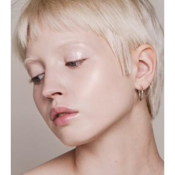 OFERTA 30%  Maquillaje Base Skin Equal de Madara SPF 15,  30ml - Porcelain #10