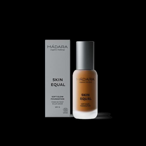 Maquillaje Base Skin Equal de Madara SPF 15,  30ml - Fudge #80
