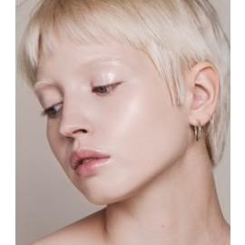 Maquillaje Base Skin Equal de Madara SPF 15,  30ml - Porcelain #10